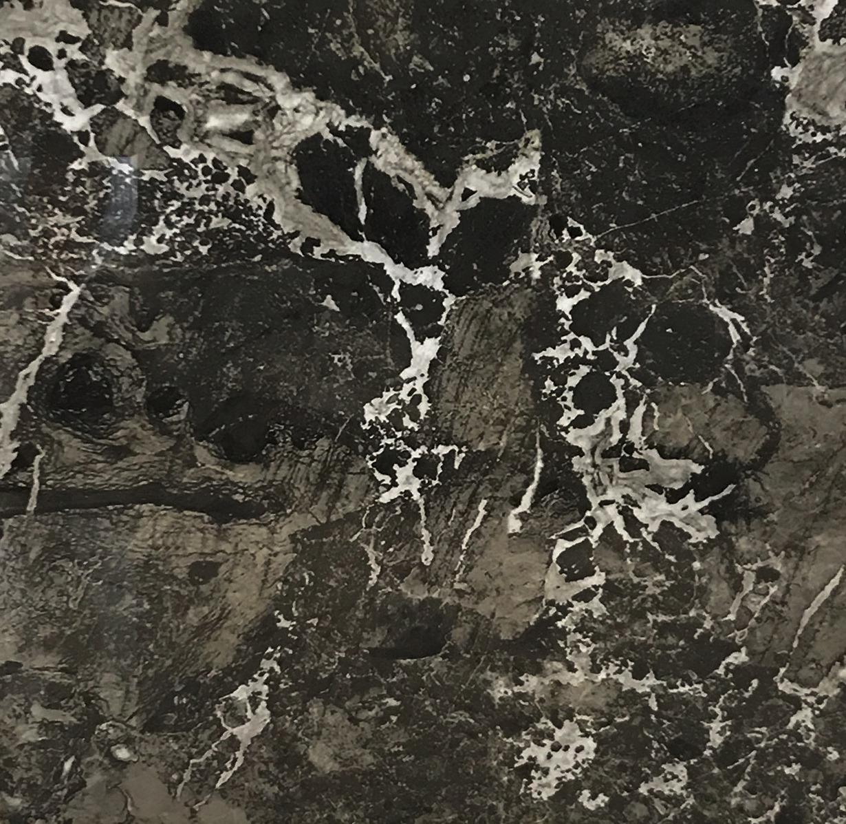 Cinque Sizillia Boden-/Wandfliese Schwarz Marmoriert 80x80 POLIERT